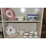 A GROUP OF SPODE CERAMICS, including a set of six 'Rockingham' pattern dinner plates and a