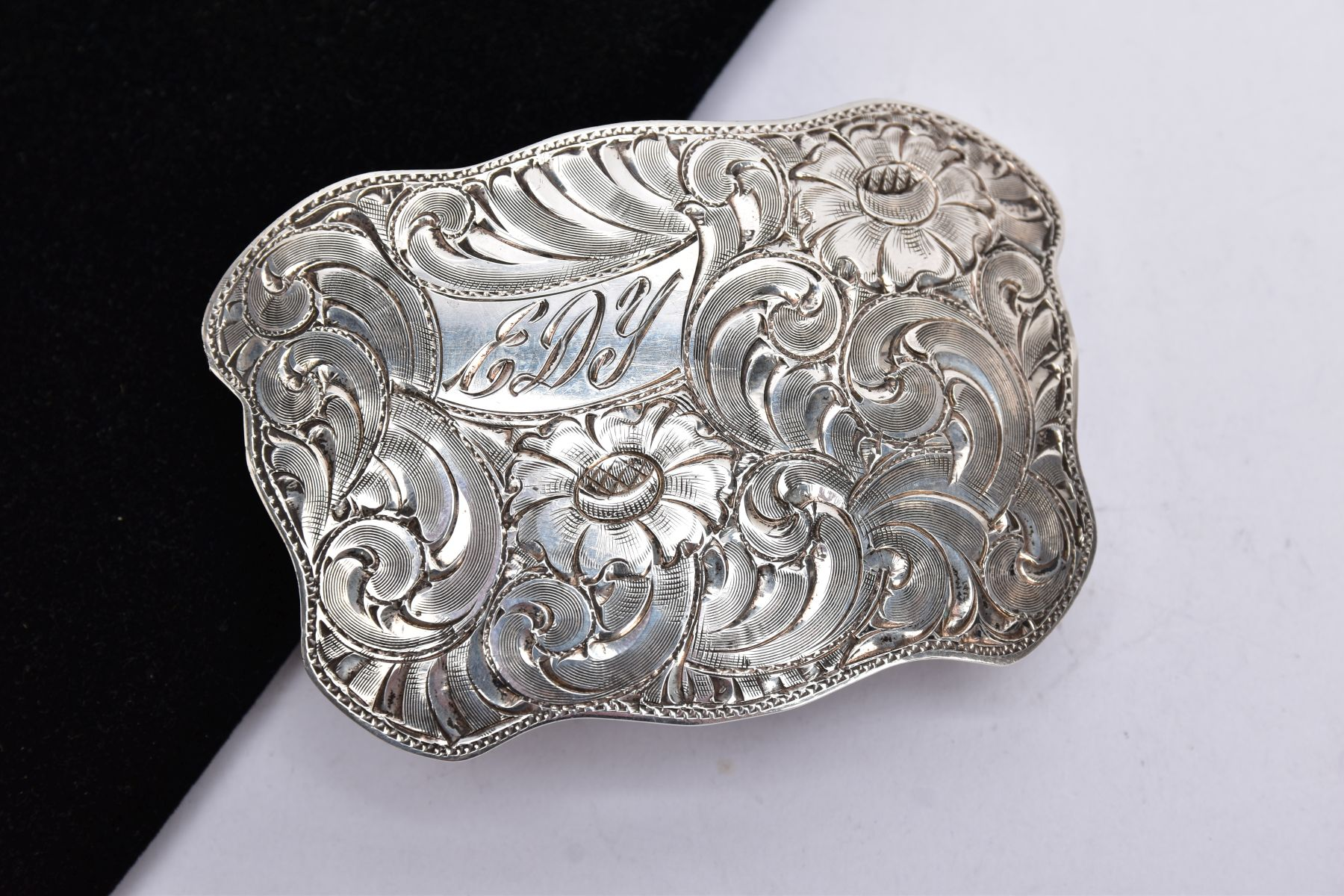 THREE BELT BUCKLES, to include an AF silver oval buckle depicting a thistle, with missing mother - Image 3 of 6