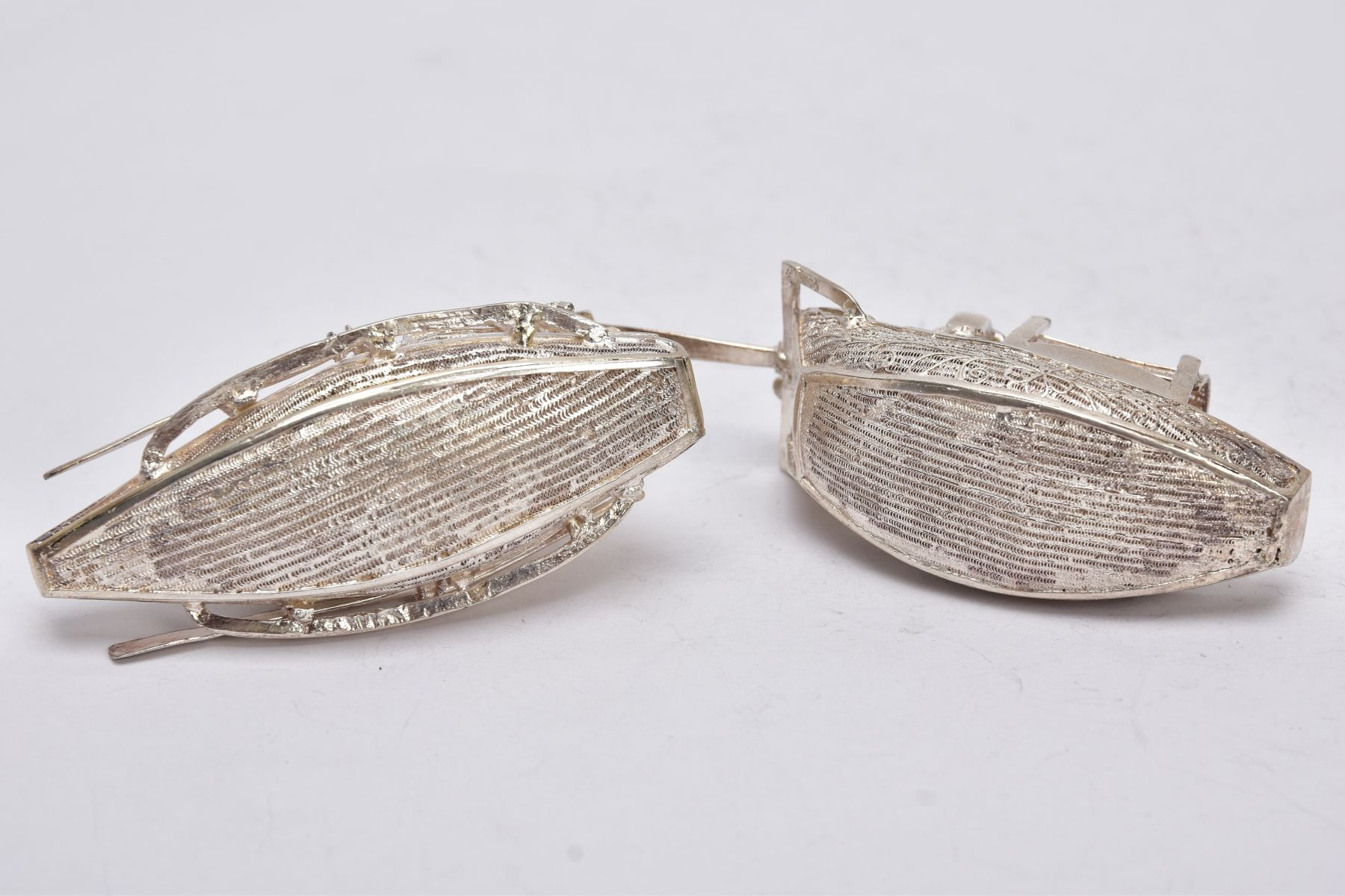 TWO MODERN ORIENTAL, WHITE METAL FILIGREE BOAT ORNAMENTS, one with a standing figure with paddle, - Image 5 of 8