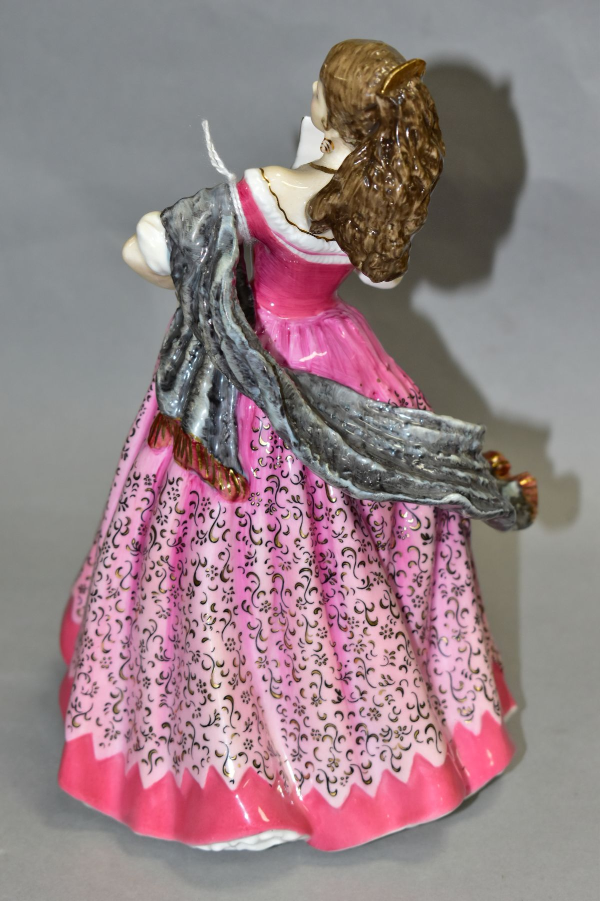 A LIMITED EDITION ROYAL DOULTON FIGURE, 'Carmen' HN3993 from Opera Heroines Collection sculptured by - Image 2 of 5