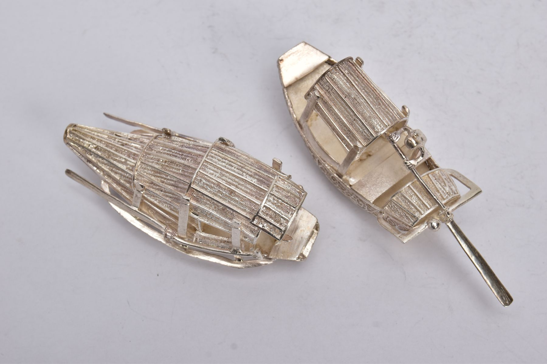 TWO MODERN ORIENTAL, WHITE METAL FILIGREE BOAT ORNAMENTS, one with a standing figure with paddle, - Image 7 of 8
