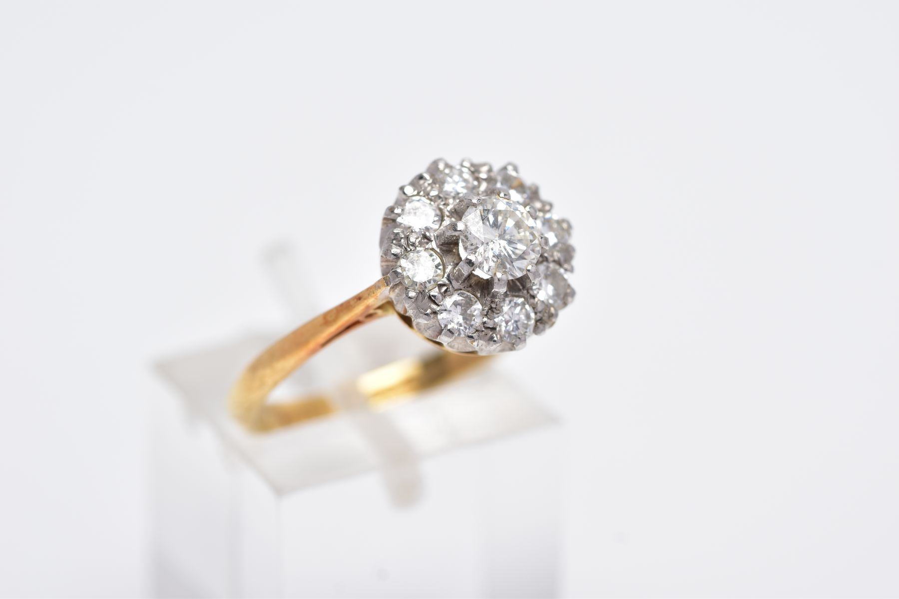 A LATE 20TH CENTURY ROUND DIAMOND CLUSTER RING, centring on a modern round brilliant cut diamond, - Image 4 of 5