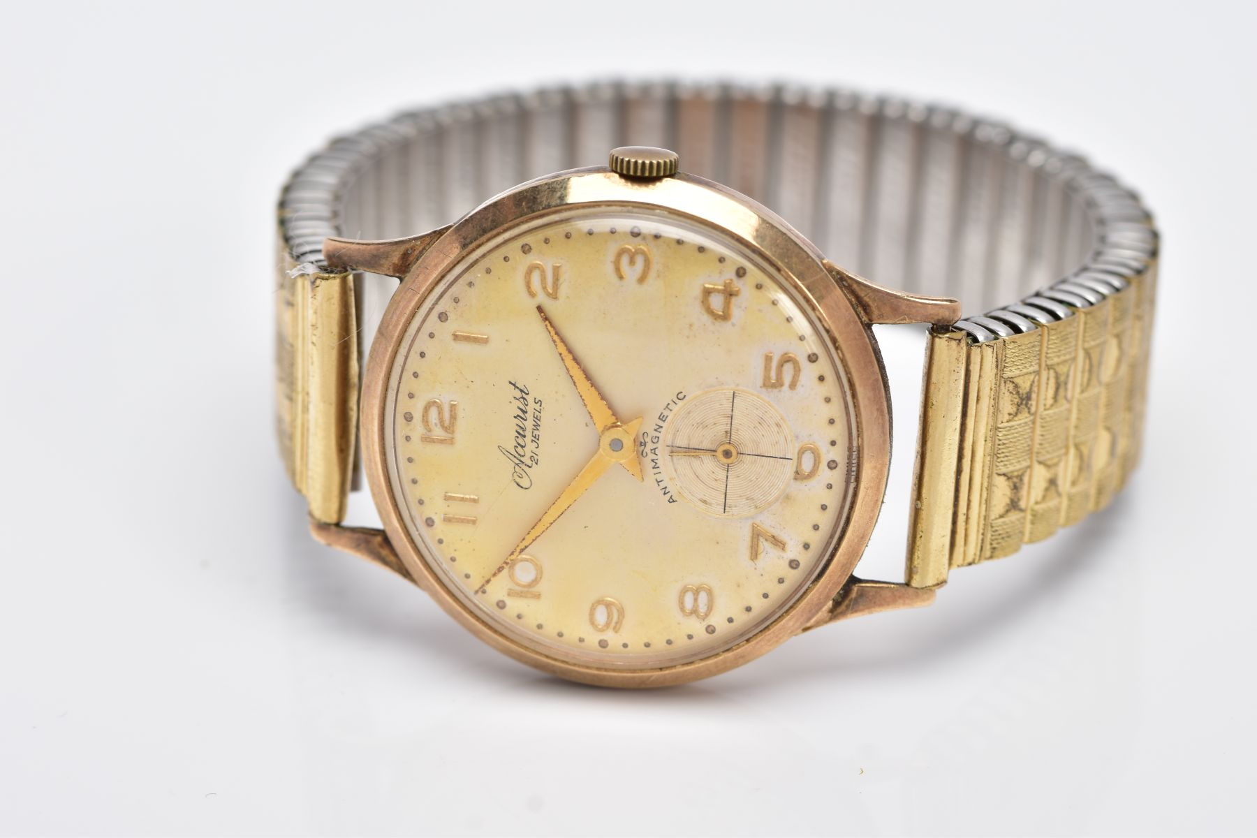 A GENTS 9CT GOLD 'ACCURIST' WRISTWATCH, hand wound movement, discoloured silver dial signed ' - Image 4 of 6