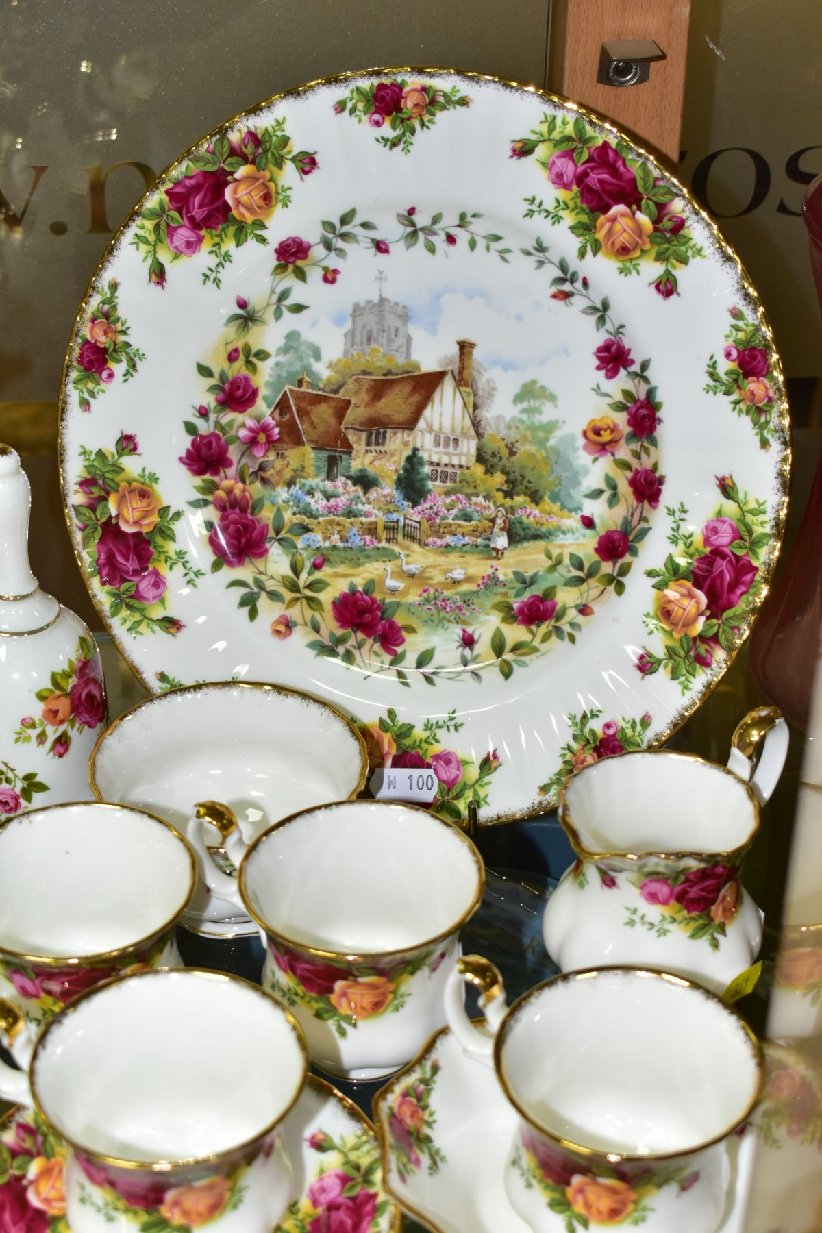 A ROYAL ALBERT OLD COUNTRY ROSES FIFTEEN PIECE COFFEE SERVICE, comprising coffee pot and cover, - Image 3 of 6