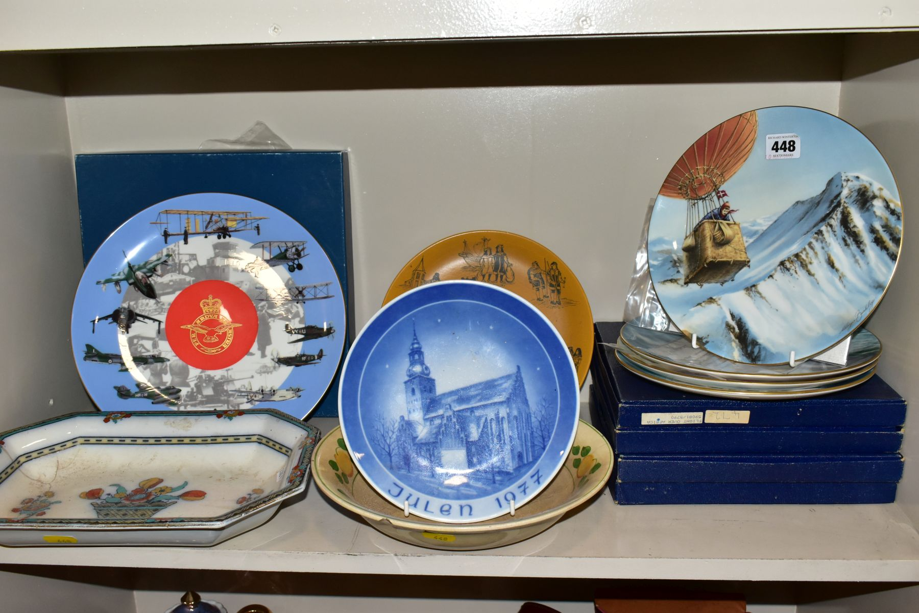 A SET OF FOUR BOXED COALPORT LIMITED EDITION COALPORT CABINET PLATES, from 'World of Ballooning