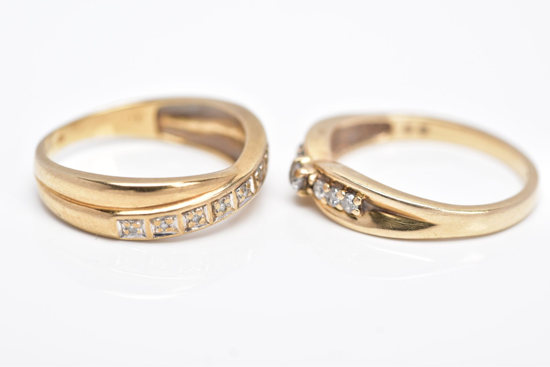TWO 9CT GOLD DIAMOND RINGS, the first designed with a row of seven round brilliant cut diamonds, - Image 2 of 5