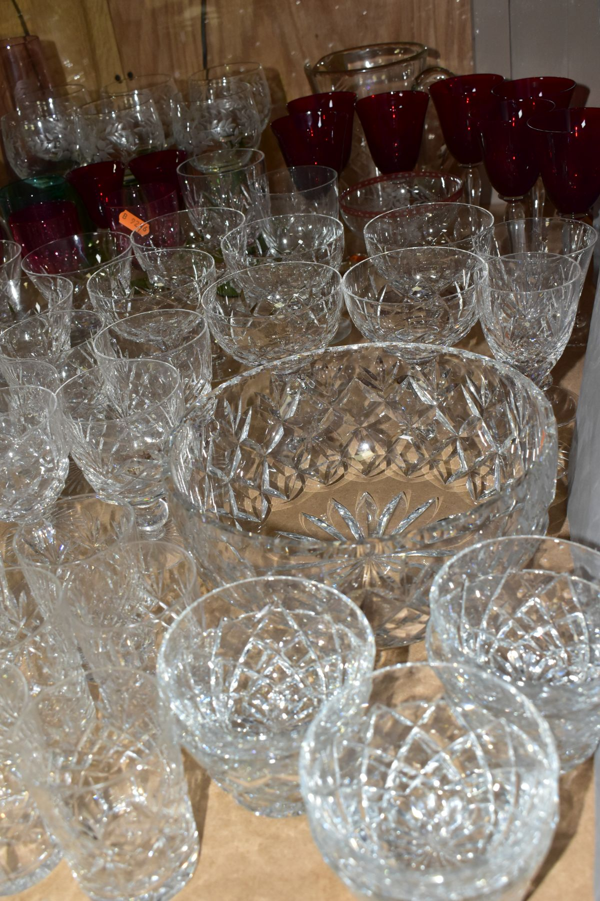 A QUANTITY OF GLASSWARE, including a Waterford Crystal quartz mantel clock, height 11cm, coloured - Image 4 of 9