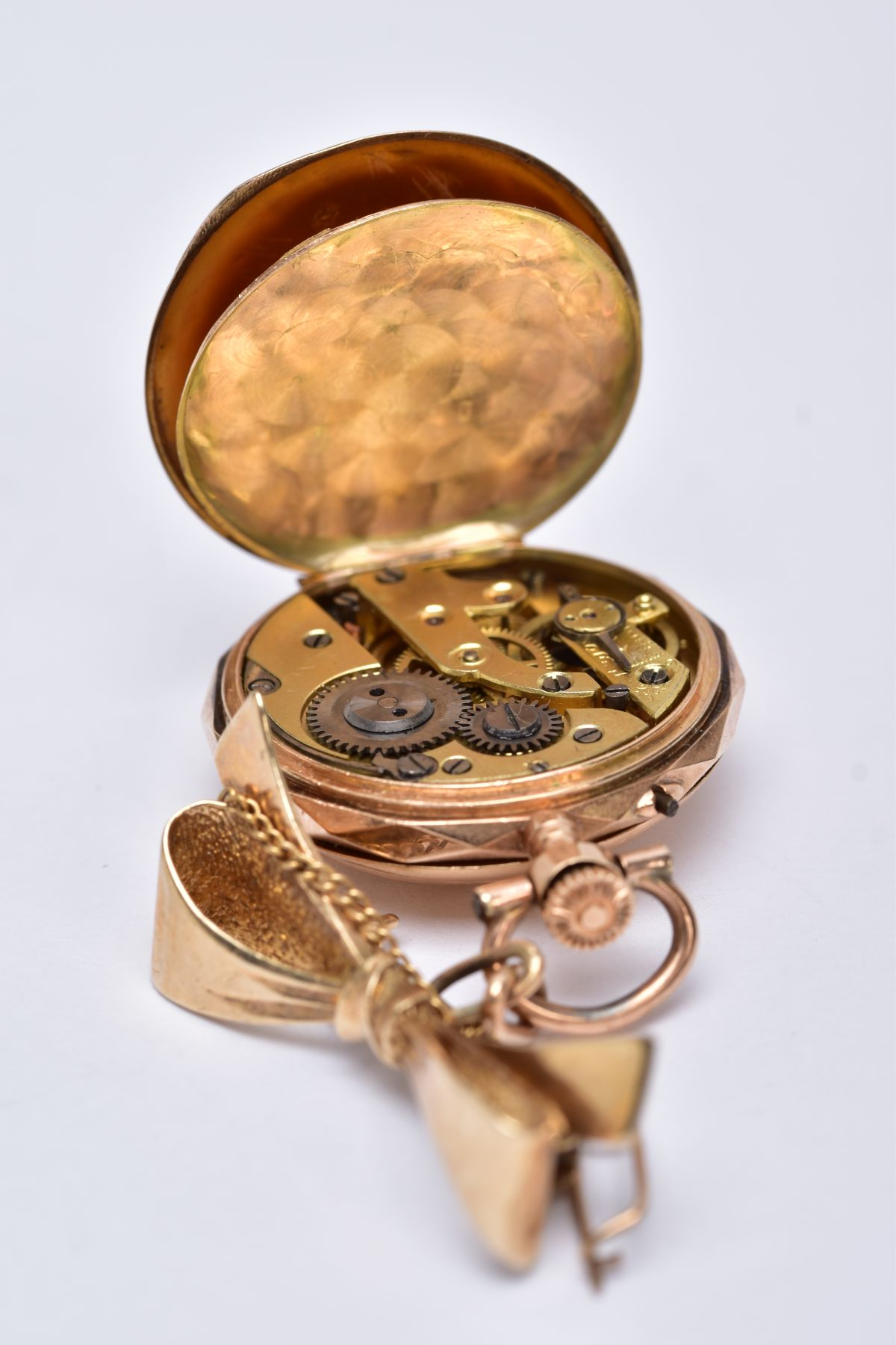 AN EARLY 20TH CENTURY GOLD AND DIAMOND LADY'S FOB WATCH, white enamel dial signed 'Elba', case - Image 5 of 5
