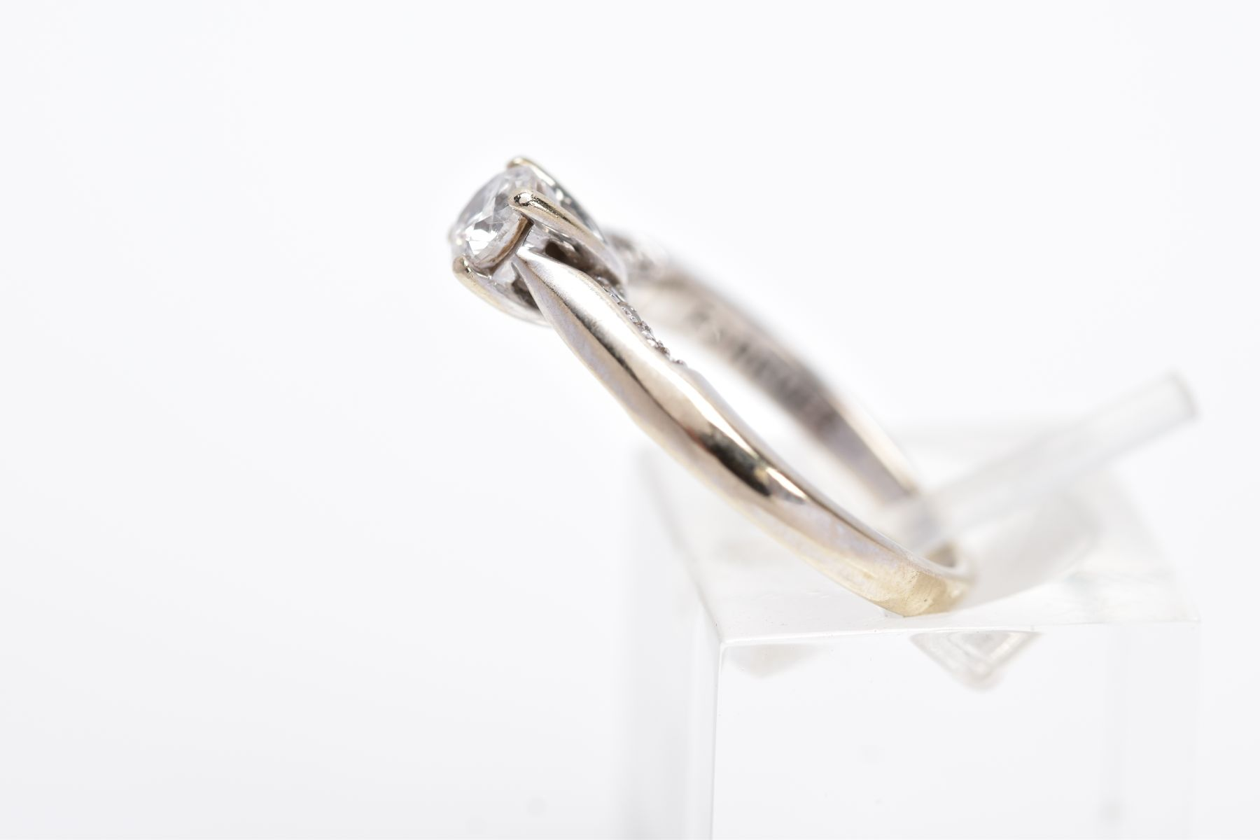 AN 18CT WHITE GOLD DIAMOND RING, designed with a central claw set, round brilliant cut diamond, - Image 2 of 4