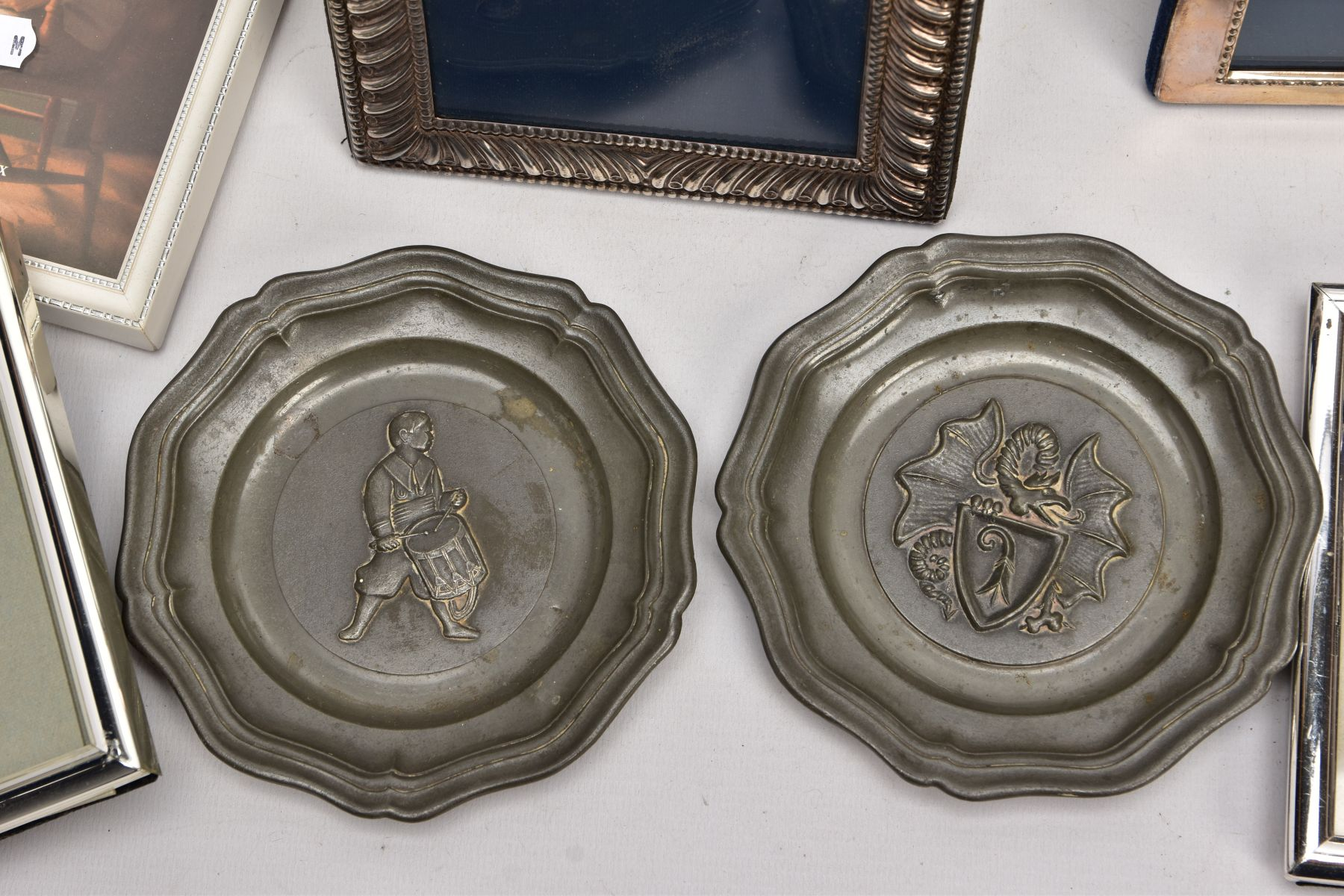 A BOX OF SILVER, SILVER PLATE AND WHITE METAL PHOTOFRAMES, to include a small silver, rectangular - Image 2 of 3