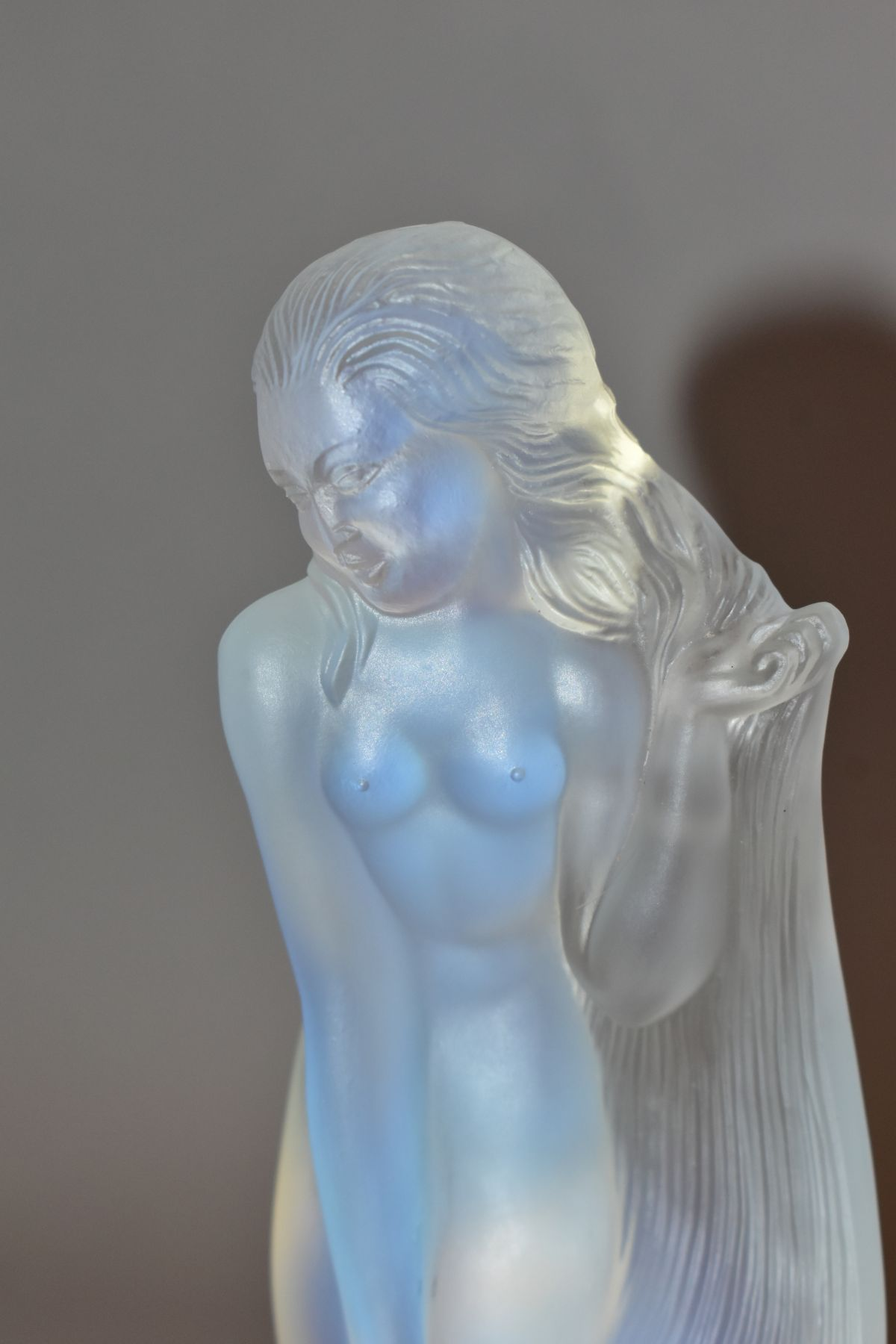 LUCILLE SEVIN - ETLING, an Art Deco style opalescent glass figure of a female nude with long flowing - Image 5 of 14