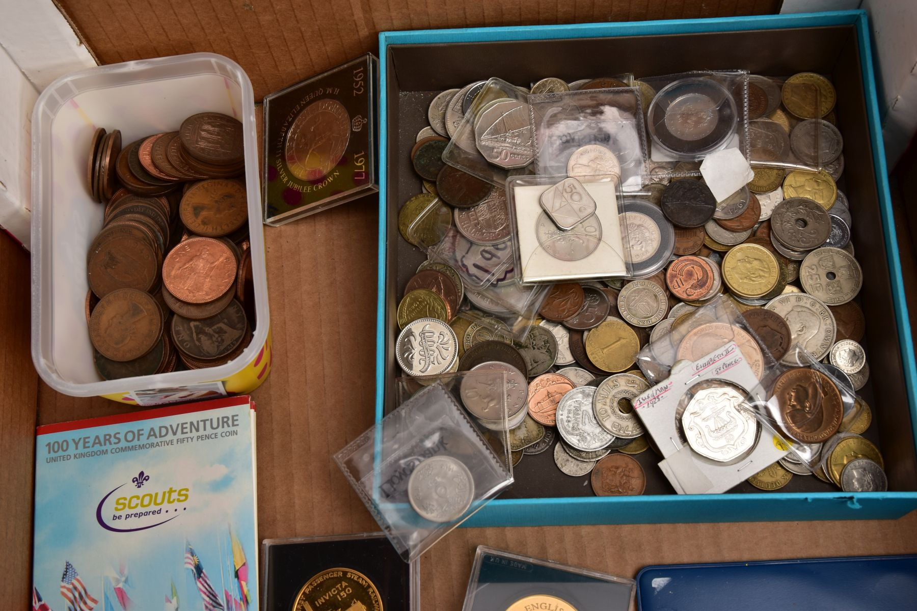 A SAMSONITE BRIEFCASE OF COINS AND COMMEMORATIVES, to include a Queen Elizabeth 50th Anniversary 9ct - Image 9 of 11