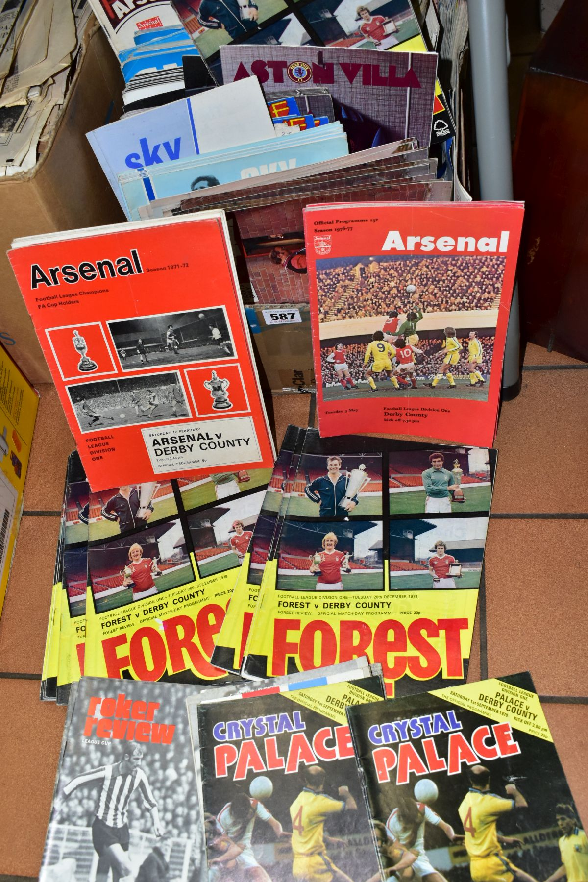 FOOTBALL PROGRAMMES, a large quantity of approximately three hundred to three hundred and fifty - Image 3 of 3