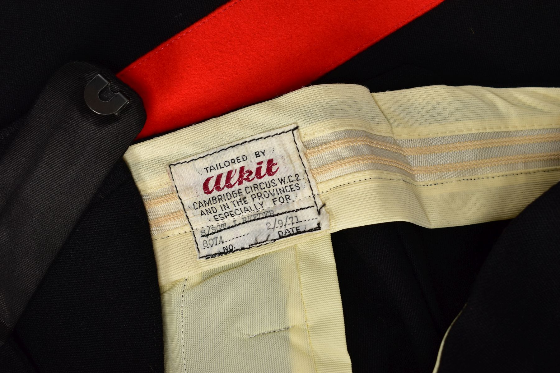 AN OFFICERS MESS DRESS EVENING WEAR SUIT, three piece jacket, waistcoat and trousers, black with red - Image 5 of 6