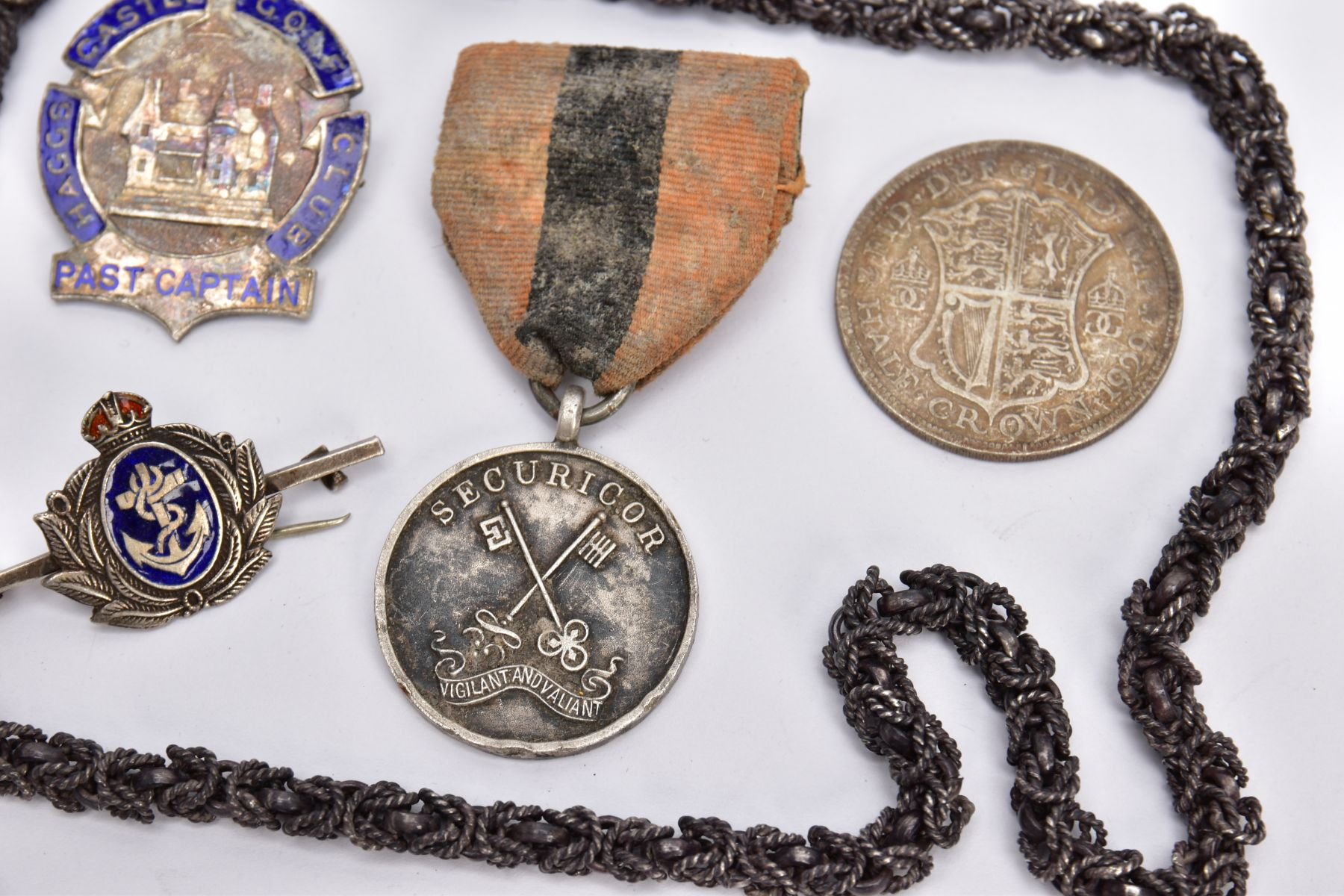 A STAMPED MEXICO 925 NECK CHAIN, tarnished, Haggs Castle Gold Club past captain badge (hallmarked) - Image 3 of 4