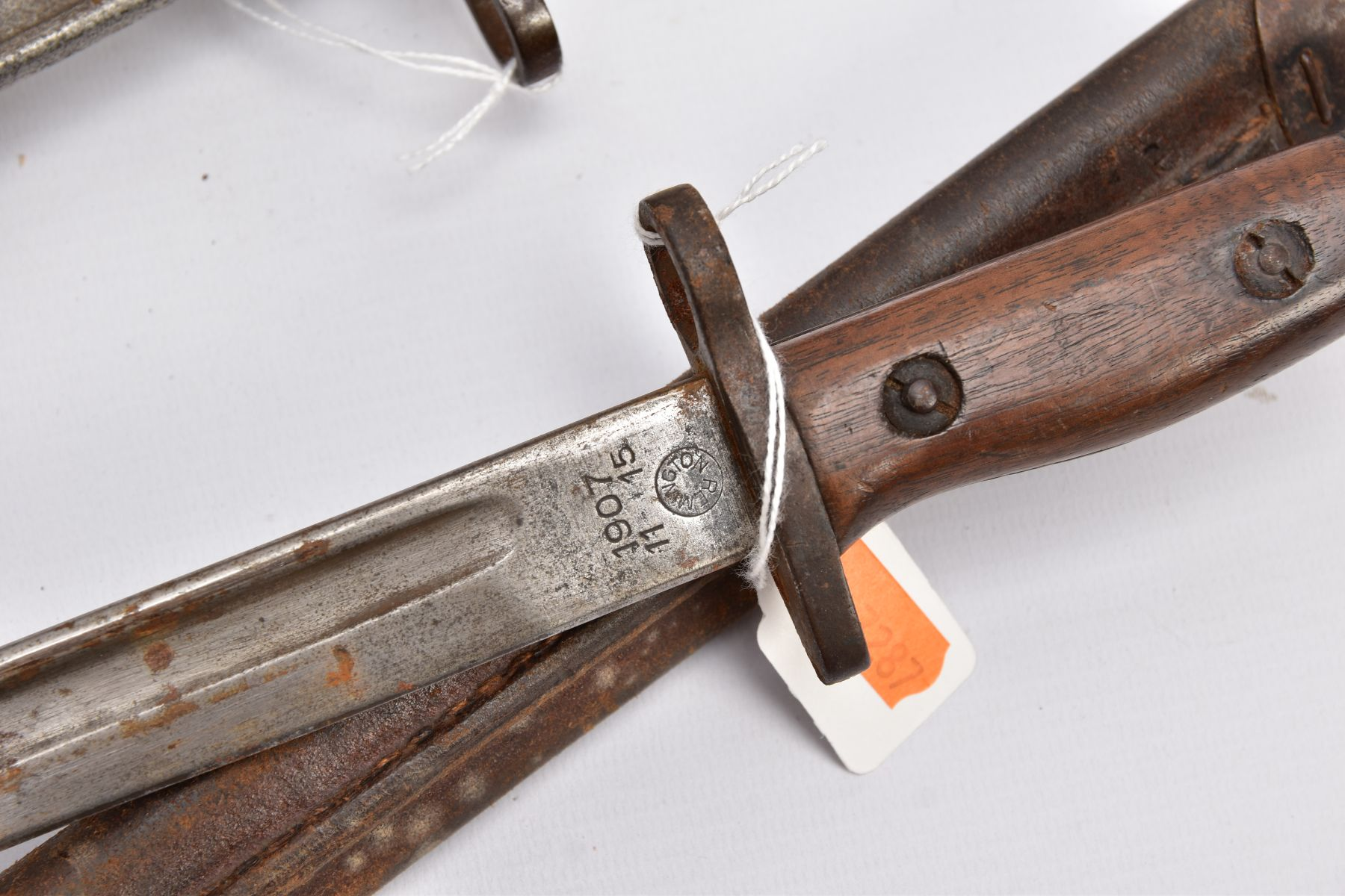 THREE WWI ERA US ISSUE RIFLE BAYONETS, all by Remington, all with proof marks, makers stamps, two - Image 7 of 10