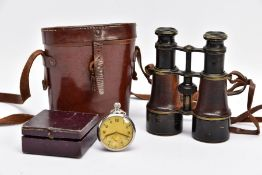 A BOXED PAIR OF FRENCH MADE MG (MINISTERE LA GUERE) WWI BINOCULARS, which are marked Mk V SPL &