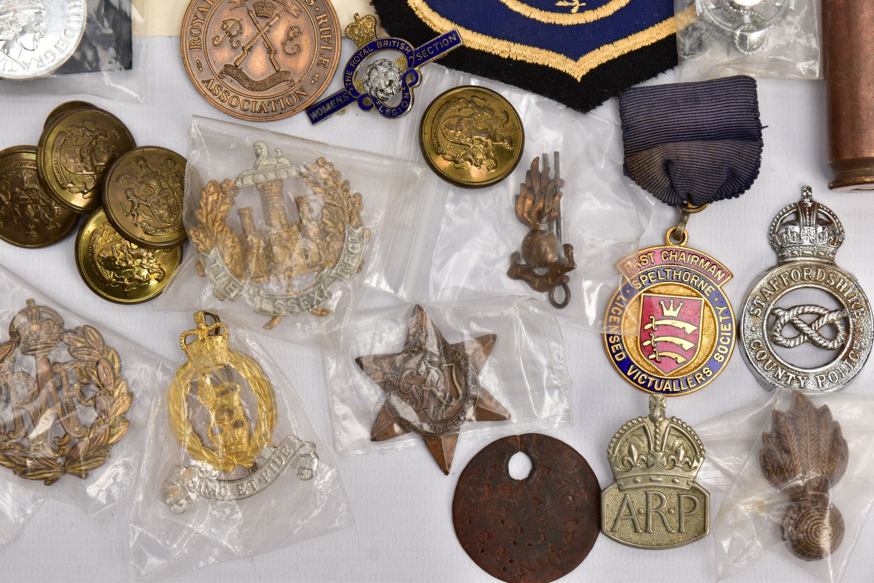 A BOX CONTAINING VARIOUS COPIES OF MILITARY RELATED MEDALS to include Military Medal Geo VI, GSM 2 - Image 4 of 8