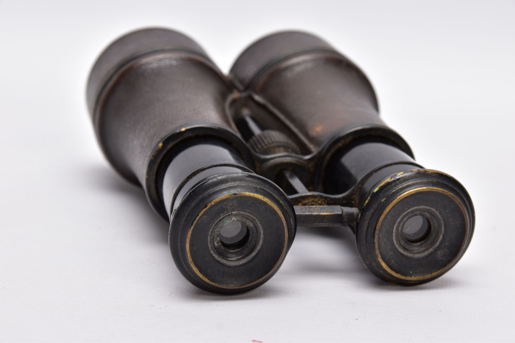 A PAIR OF WWI ERA BINOCULARS likely French manufacture, no makers marks, but they are marked ' - Image 3 of 6