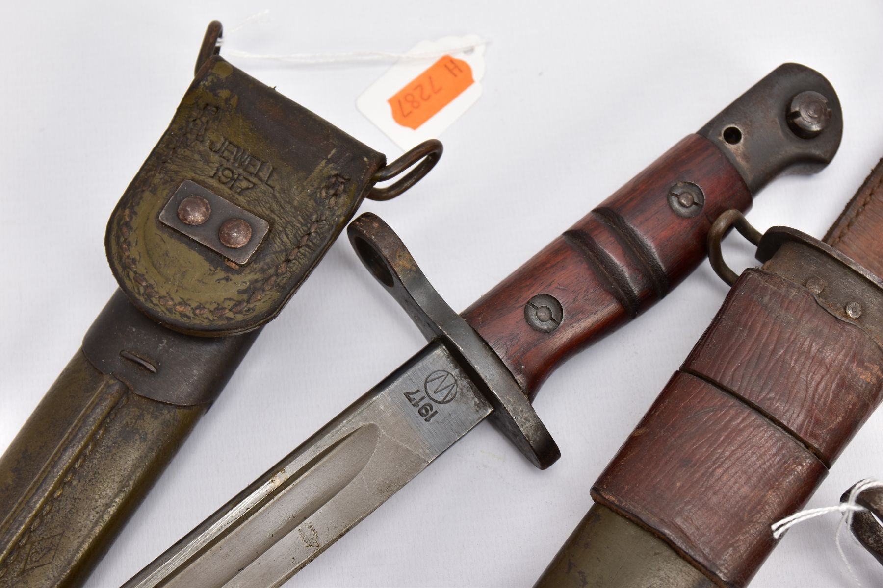 THREE WWI ERA US ISSUE RIFLE BAYONETS, all by Remington, all with proof marks, makers stamps, two - Image 2 of 10