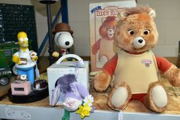 A TEDDY RUXPIN ANIMATED TOY, circa 1985, complete with one cassette box and instructions,