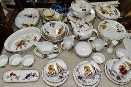 ROYAL WORCESTER EVESHAM, comprising teapot, oval tureen,circular tureen, a large fruit bowl and