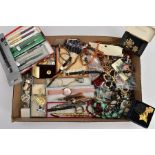 A BOX OF ASSORTED COSTUME JEWELLERY AND ITEMS, to include a boxed 'Sarah Coventry' yellow metal