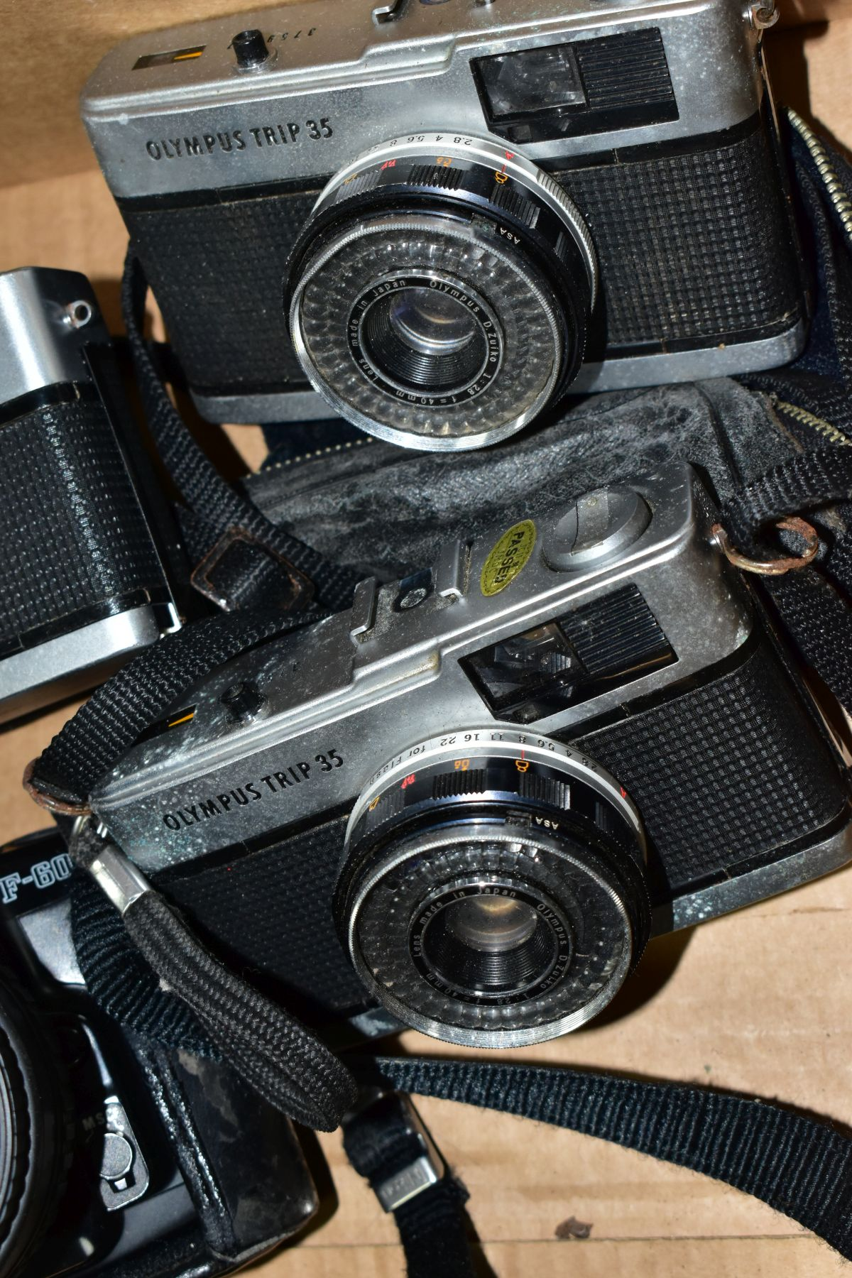 A BOX OF CAMERAS AND CASES, to include a Nikon F-601 35mm SLR film camera fitted with a sigma 35- - Image 2 of 4