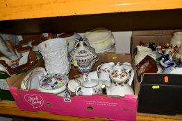 THREE BOXES AND LOOSE CERAMICS, ETC, to include kitchen storage jars, Winalex Ware part coffee