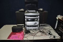 AN AIWA Z-HT33 HI FI with turntable, 5 speakers and manual ( PAT pass and working cd player is not