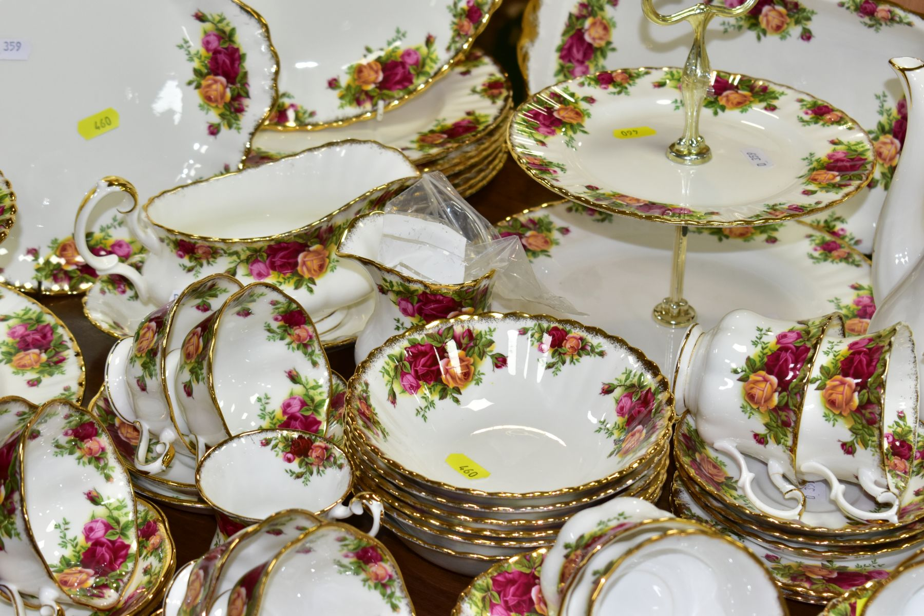 ROYAL ALBERT 'OLD COUNTRY ROSES' DINNER/TEA WARES, NOVELTY TEAPOTS AND TRINKETS, comprising two - Image 12 of 12