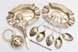 A SELECTION OF SILVER ITEMS, to include two silver oval shaped, engine turned design ashtrays,