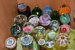 TWENTY MODERN GLASS PAPERWEIGHTS, mostly unbranded, various designs including Millefior, bubble