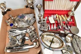 A BOX OF MISCELLANEOUS ITEMS, to include a small amount of jewellery such as a silver ingot