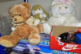 SCALEXTRIC SET, CONTROLLERS AND THREE SOFT TOYS, Turbo Flyers Scalextric set includes Nissan GT-R