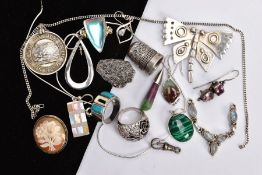 A SELECTION OF WHITE METAL JEWELLERY, to include a white metal marcasite dress ring, stamped '