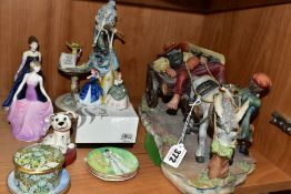 A GROUP OF CERAMICS TO INCLUDE ROYAL DOULTON, HALCYON DAYS, COALPORT, ETC, comprising a Halcyon Days