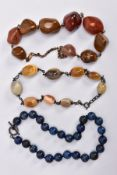 A LAPIS LAZULI BEAD NECKLACE AND TWO AGATE BEAD NECKLACES, the lapis lazuli bead necklace comprising