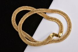 A 9CT GOLD FLATLINK CHAIN, articulated flat link chain, fitted with a lobster claw clasp, hallmarked