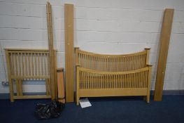 A WILLIS AND GAMBIER, ESPRIT COLLECTION LIGHT OAK 5FT BEDSTEAD, with side rails and slats (
