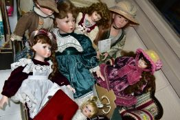 ONE BOX AND LOOSE COLLECTORS DOLLS to include six dolls, some with stands, stool and sofa, makers to