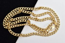 A 9CT GOLD CURB LINK CHAIN, fitted with a lobster claw clasp, hallmarked 9ct gold London import,