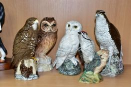 FIVE BESWICK BIRDS, FOUR OF WHICH ARE WHISKY FLASKS, comprising a Beneagles Osprey, model no 2583, a
