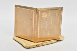 A 9CT GOLD CIGARETTE CASE, rectangular form, engine turned design with an engraved cartouche to