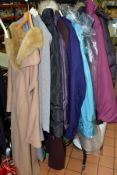 TWO BOXES AND LOOSE LADIES CLOTHING, HOUSEHOLD LINENS AND SUITCASES, to include four suitcases,