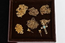 SEVEN ITEMS OF JEWELLERY, to include five 9ct gold chain necklaces, all with 9ct import marks or