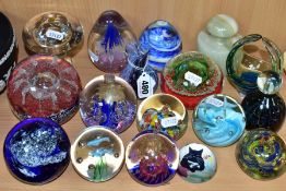 SEVENTEEN ASSORTED GLASS AND ONYX PAPERWEIGHTS AND A VASE, including a Polish glass clear