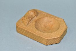 A ROBERT THOMPSON MOUSEMAN OAK ASHTRAY, with carved mouse signature, length 10cm x width 7.5cm