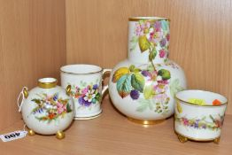FOUR PIECES OF LATE VICTORIAN ROYAL WORCESTER PORCELAIN, all hand painted on an ivory ground,