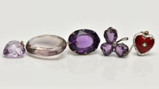 A RED MATERIAL TRINKET BOX WITH ITEMS, to include a silver 'Charles Horner' oval amethyst brooch,